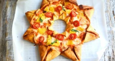 Stjärnpizza med tomat, mozzarella och paprika - Galbani