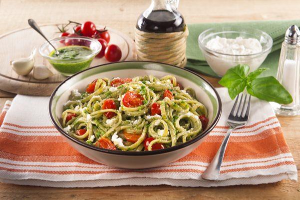 Spagetti med pesto och körsbärstomater - Galbani